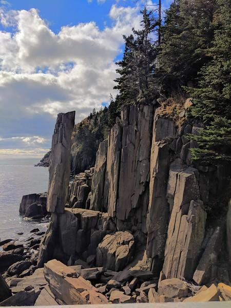 Nova Scotia balancing rock 5.jpg