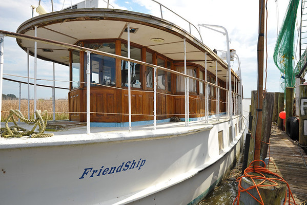 "Trumpy Yacht ""Friendship"" Documented 02-13-13"