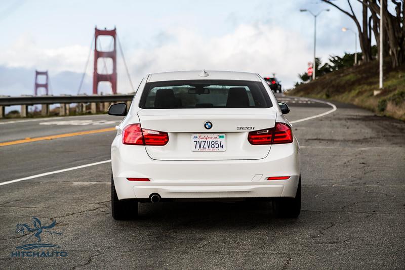 BMW 320i White 7VZV8584_LOGO-1.jpg