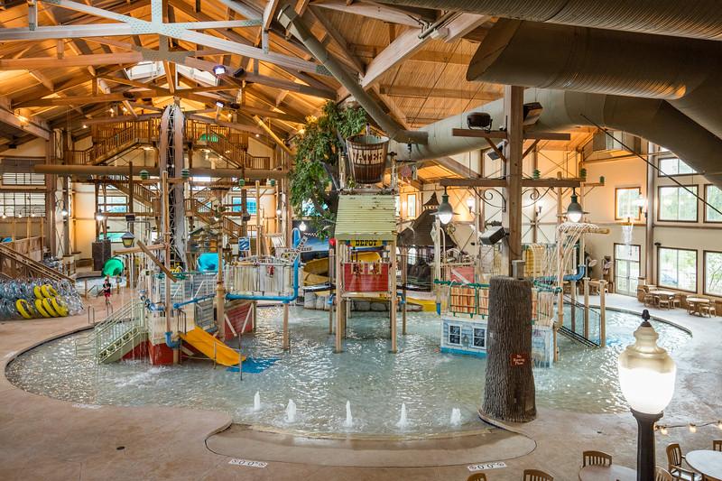 Country_Springs_Waterpark_Kennel-4310.jpg