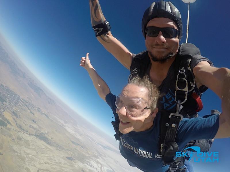 Lisa Ferguson at Skydive Utah - 49.jpg