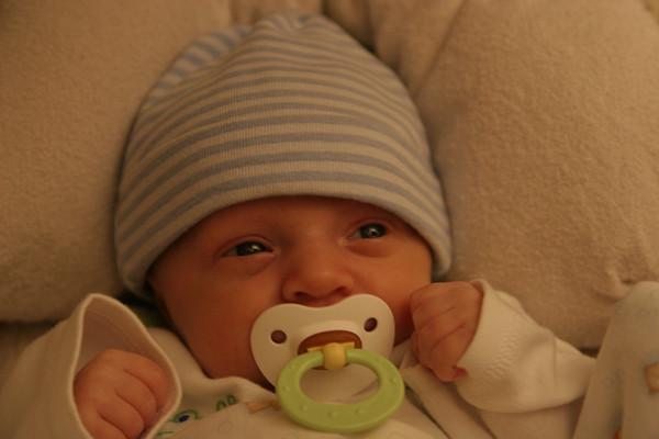 Jonah's 1st month - October 2006