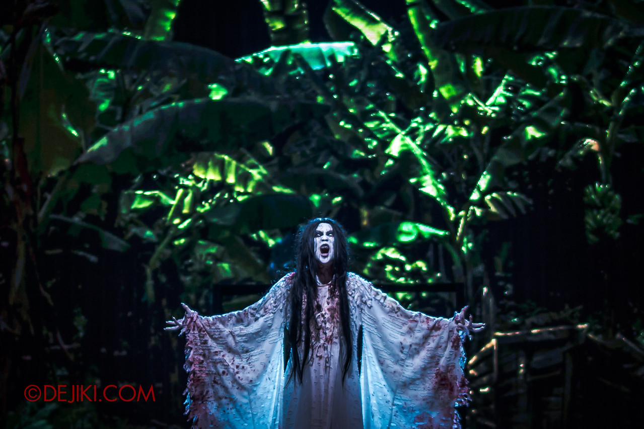 Universal Studios Singapore Halloween Horror Nights 8 - Infinite Fear Stage - Pontianak