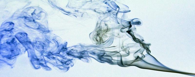 Smoke Trails 4~8410-2w.