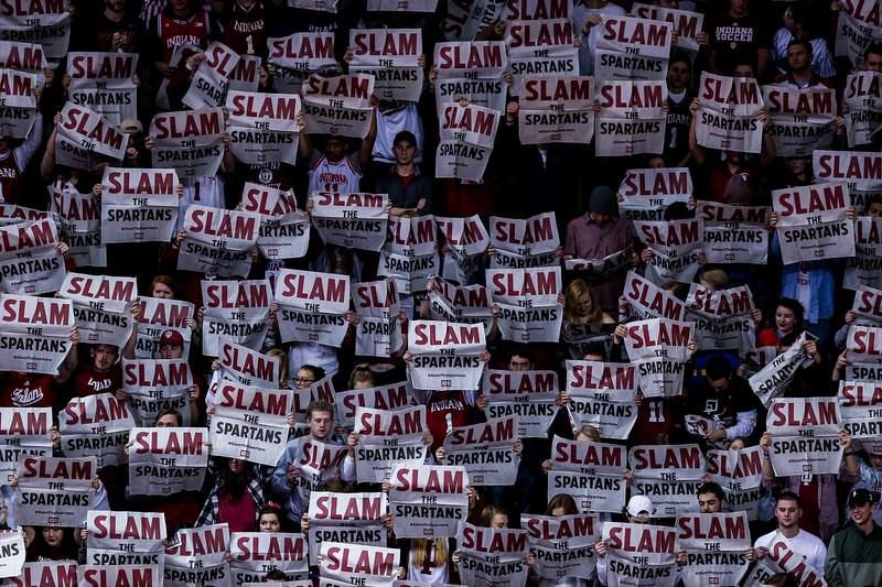 BLOOMINGTON, IN - 2000.12.31 - Men's Basketball vs. Michigan State