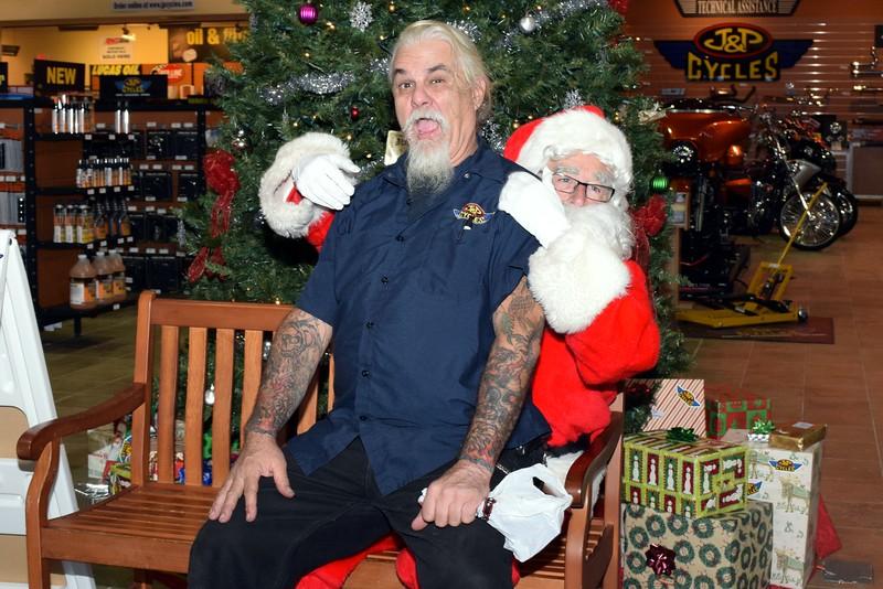 2016 Santa Visits J&P Cycles (63).JPG