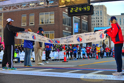 Marathon Finish, Gallery 2 - 2014 Detroit Marathon