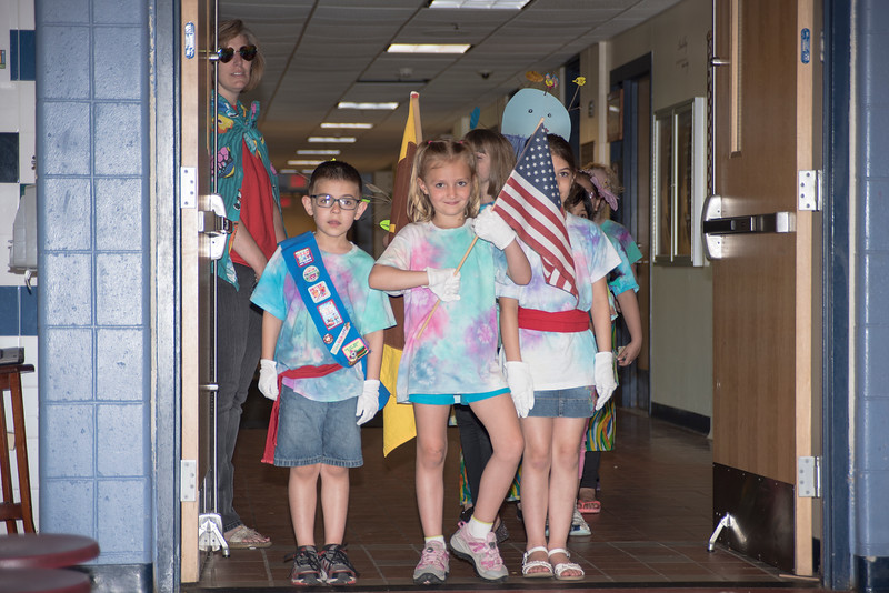 Sara Girl Scouts 2  750_1225.jpg
