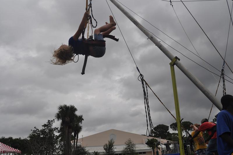 2009 December 6 Pine Crest Carnival 025.jpg