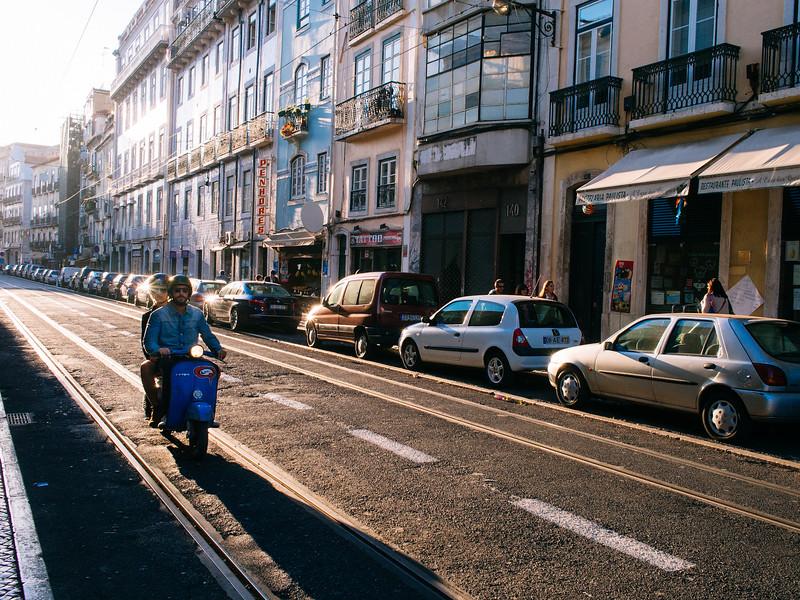 Lisbon-7030598.jpg