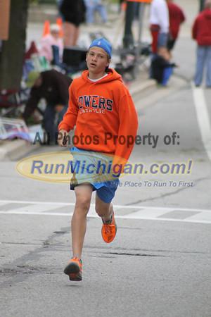 Family Fun Run Finish - 2013 Venetian Run