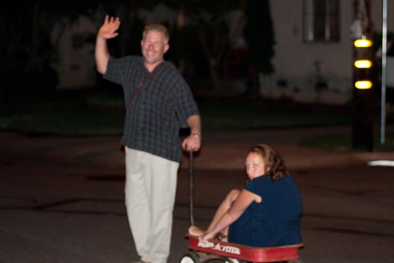 Oh my good its bigfoot capturing a princess!
