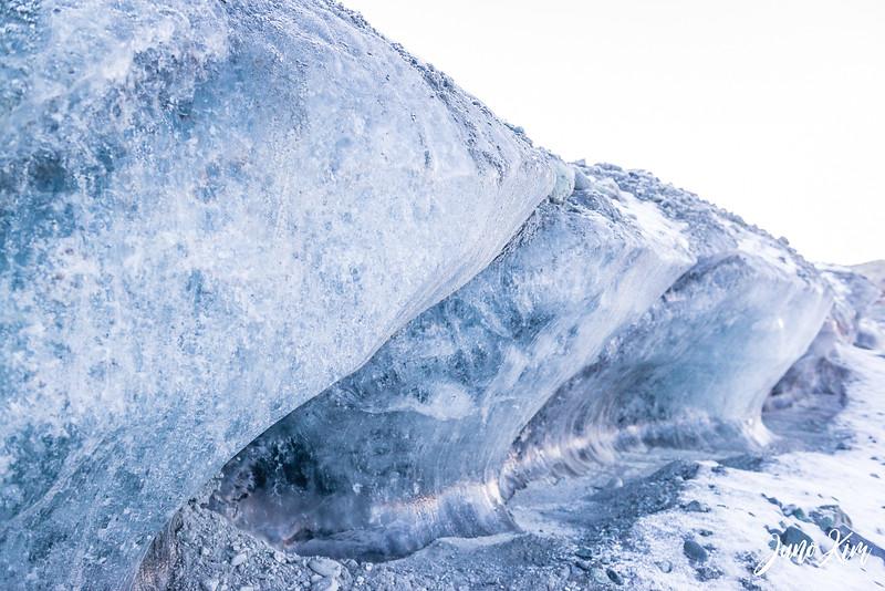 Matanuska Glacier_Karen-6105498-Juno Kim.jpg