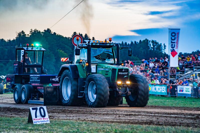 Tractor Pulling 2015-01725.jpg
