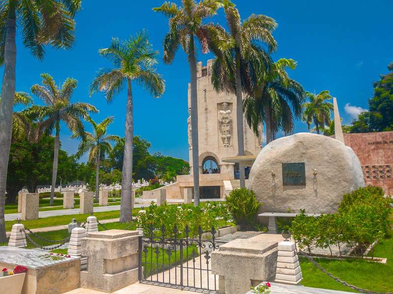 santa ifigrnia cemetery santiago de cuba-8.jpg