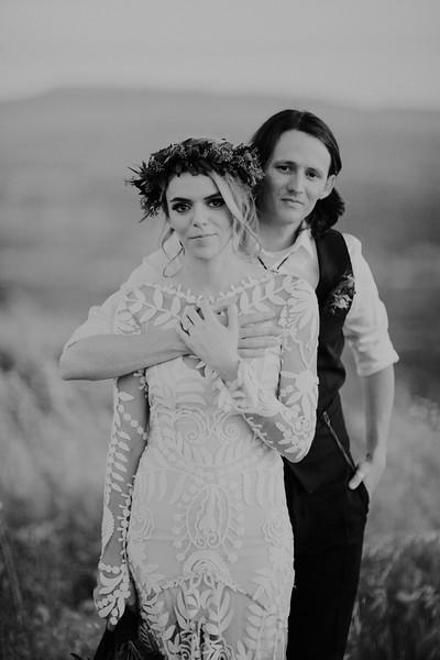Garrett&HayleyBW-338.jpg