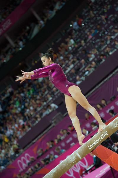 __02.08.2012_London Olympics_Photographer: Christian Valtanen_London_Olympics__02.08.2012__ND43896_final, gymnastics, women_Photo-ChristianValtanen