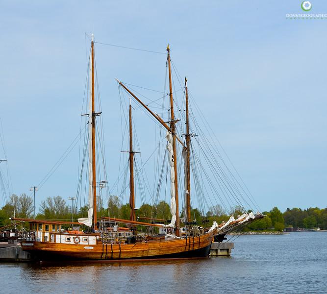 Sailing vessel.jpg