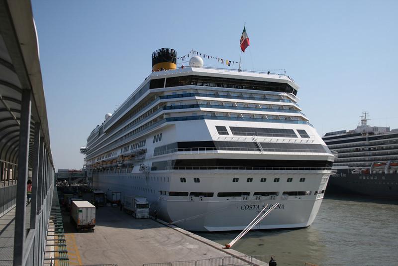 2008 - M/S COSTA SERENA in Venezia.
