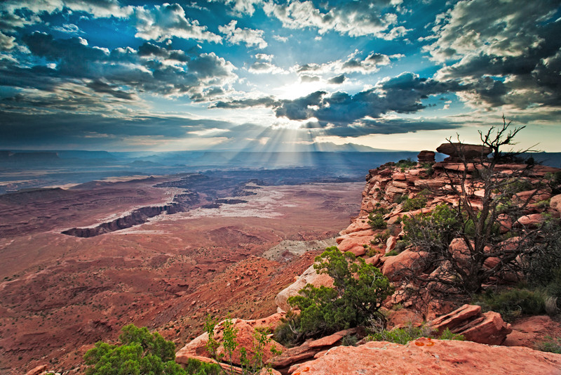 SPEAKSW-110708-2222-Canyonlands-White-Rim-Overlook.jpg