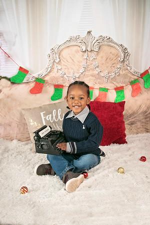 Kids World Holiday Portraits