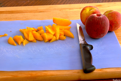 Sweet and Tangy Peach Relish