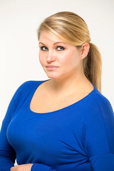 Nicole-8x12_EAC7264.jpg