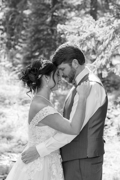 Chelsey and Mark Wedding (B&W Images)