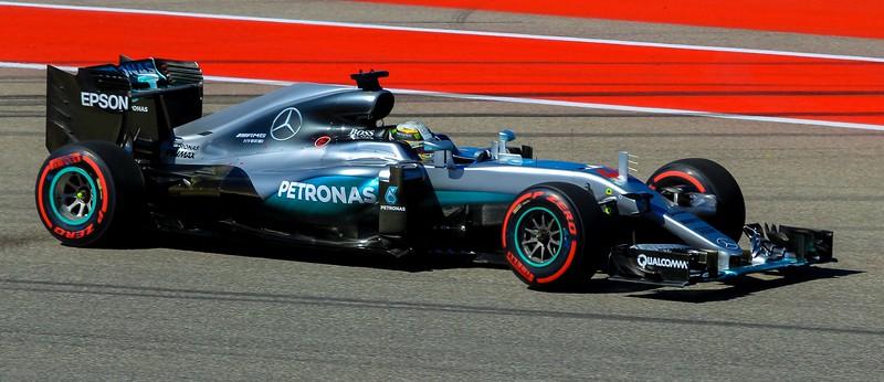 zzzGrand Prix 2016 1115A Lewis Hamilton-1115 small.jpg