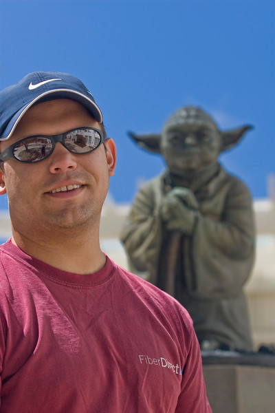 walk in san francisco with yoda-27.jpg