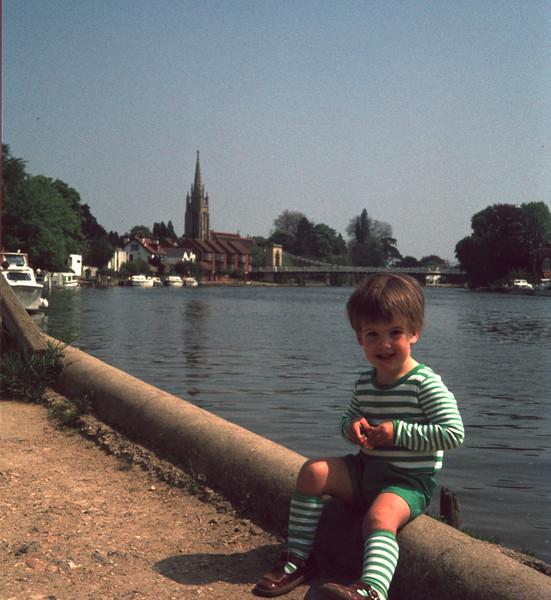 Stuart Marlow River Thames 004 copy.jpg