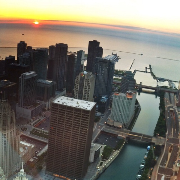 #chicago #sunrise #architecture #skyscrapers #river