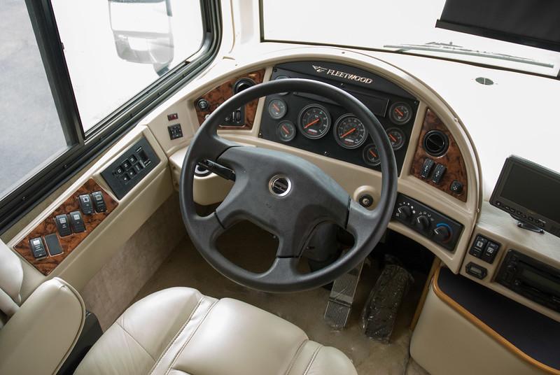 Cockpit Fleetwood Expedition