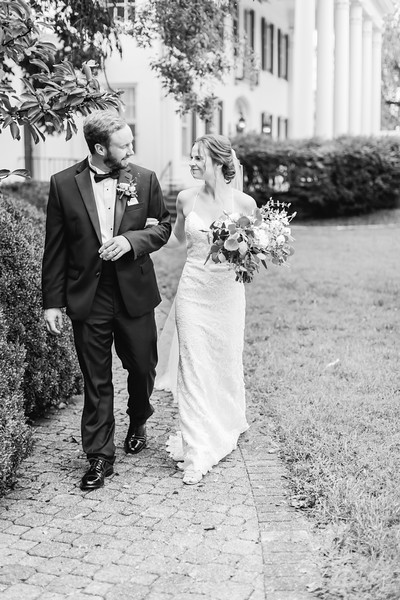 461_Ryan+Hannah_WeddingBW.jpg