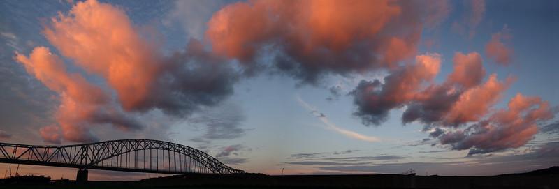 Julien Dubuque Bridge / Mississippi River