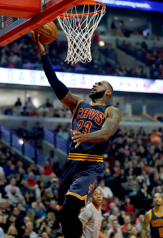 . Cleveland Cavaliers forward LeBron James drives to the basket during the first half of the team\'s NBA basketball game against the Chicago Bulls on Friday, Dec. 2, 2016, in Chicago. (AP Photo/Nam Y. Huh)