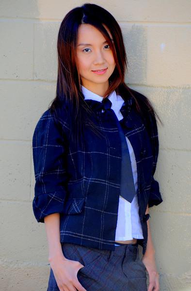 beautiful la woman model 588.09..