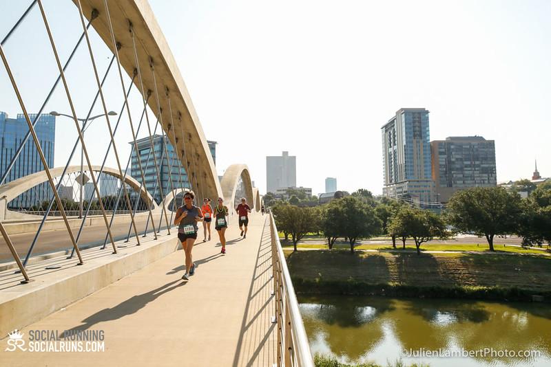 Fort Worth-Social Running_917-0407.jpg
