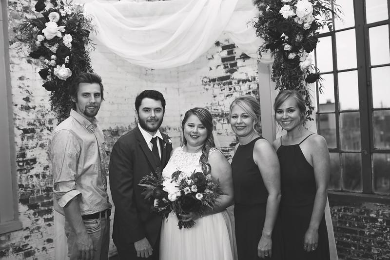 Family Formals K&M BW-7.jpg