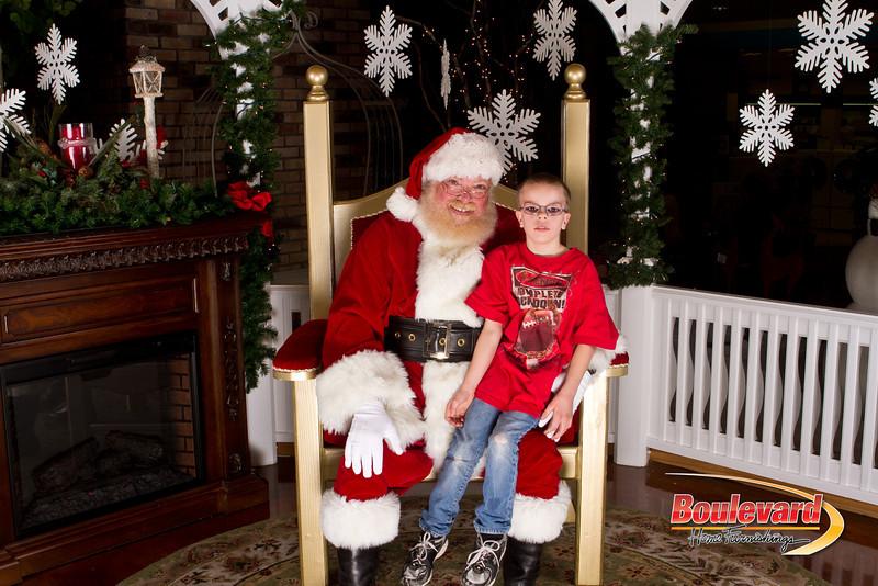 Santa Dec 15-155.jpg