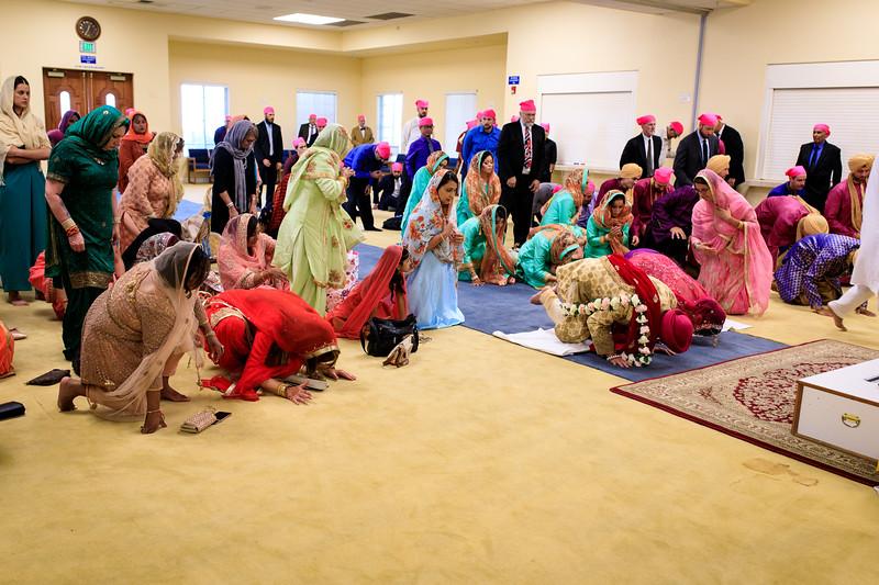 Neelam_and_Matt_Gurdwara_Wedding-1445.jpg