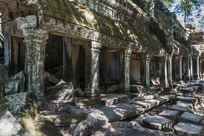 Phnom Bakheng, Prae Roup and Ta Prohm Kei TEMPLES