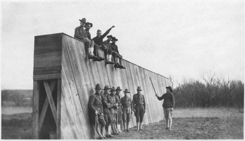 Soldiers on Wall