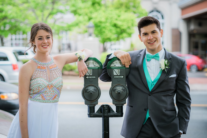 Meaghan and Levi-2310.jpg