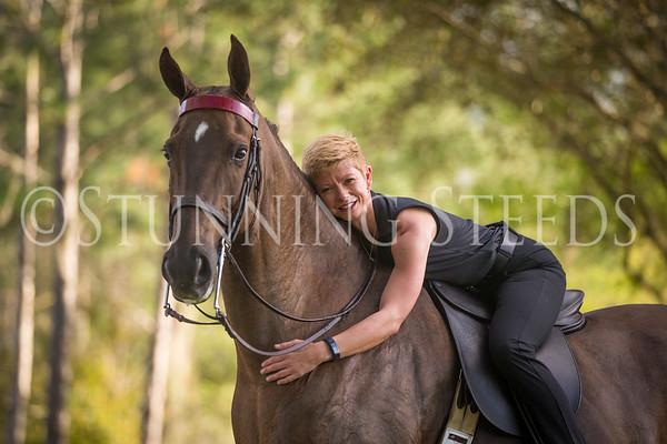 Kelli Hatton - YOGA and Horses