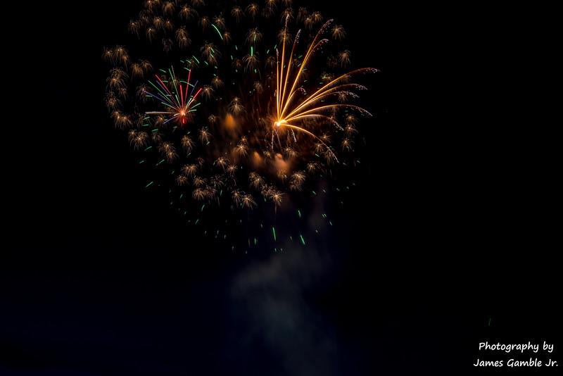 Fourth-of-July-Fireworks-2016-0344.jpg