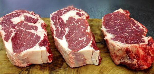 Pinegrove Market & Deli - steaks.jpg