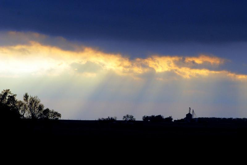 Another farm sunset.jpg