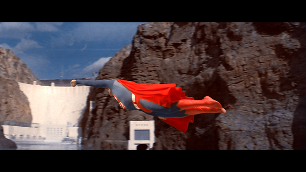Superman_The_Movie_Extended_Edition_t01 mkv_snapshot_02 45 24_[2018 01 18_14 17 59]