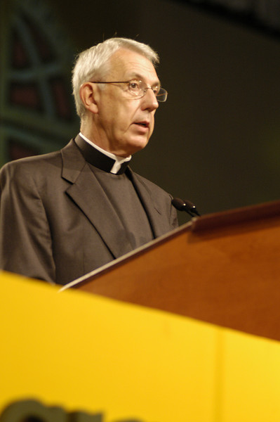 Pr. Lowell G. Almen speaking to the assembly,